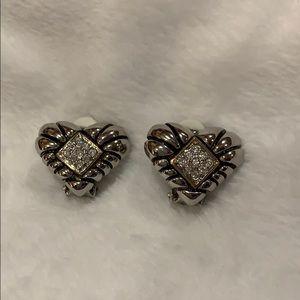 Jewelry - Heart shaped clip-on earrings
